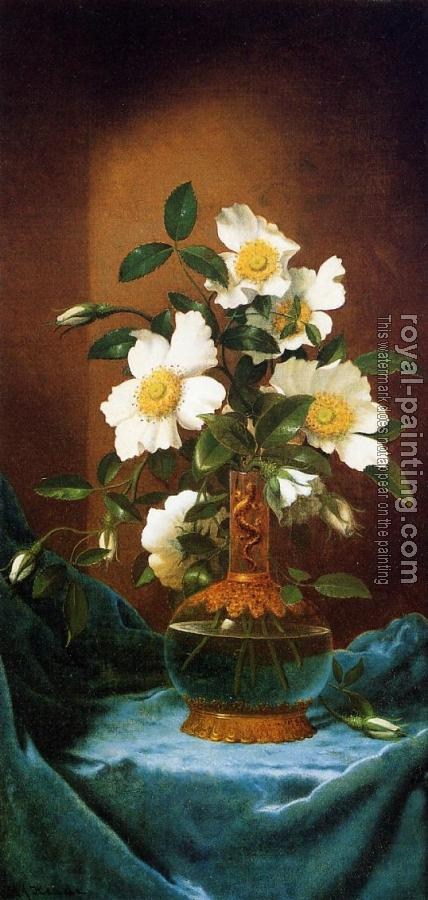Martin Johnson Heade : White Cherokee Roses in a Salamander Vase